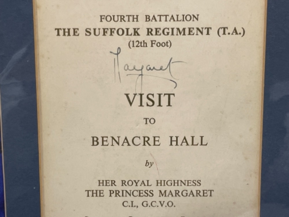 Autographs - Royalty. Matted display of Queen mother and 2 Daughters Elizabeth and Margaret together - Image 4 of 5