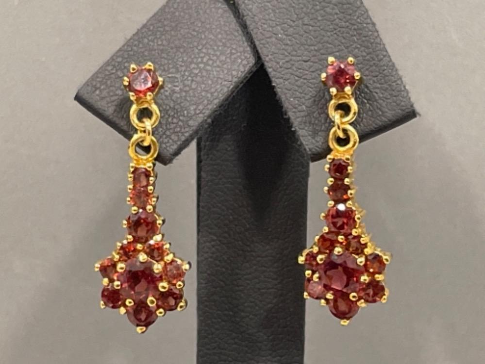 Pair of 9ct gold Garnet drop earrings, 4.3G