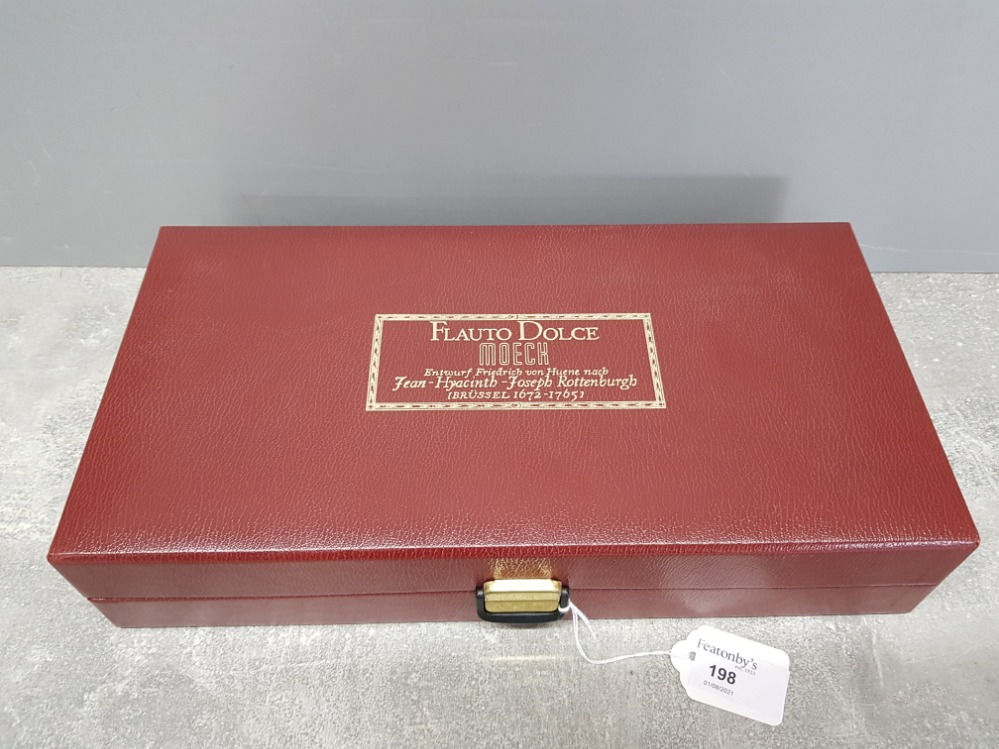 A Moeck Flauto Dolce wooden recorder in fitted case, with certificate. - Image 4 of 4