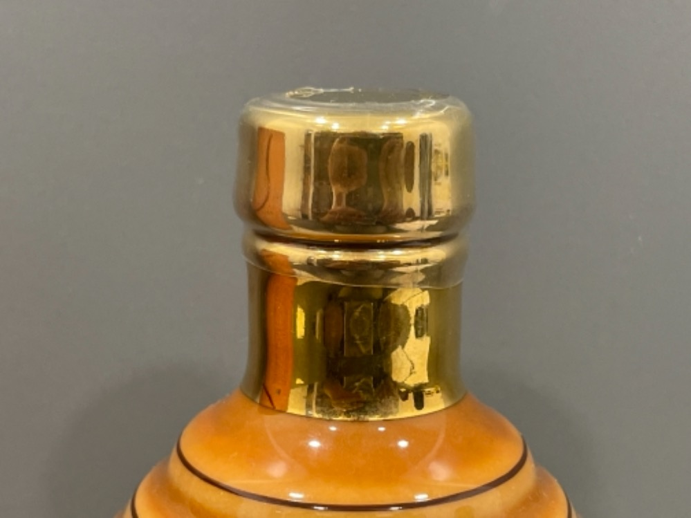 Bells old scotch whisky and decanter (Unopened) 75cl - Image 3 of 3