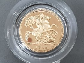 UK gold proof 1982 half sovereign with original case