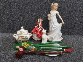 Tray of misc including royal doulton lady 'top o' the hill, leonardo elegant lady, belleek cat,
