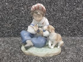 """Lladro 5450 """"I hope she does"""" in good condition"""