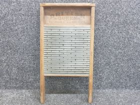 "Vintage wash board ""The British Queen"""