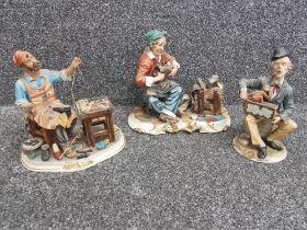 CAPODIMONTE x3 figures (1 damaged)