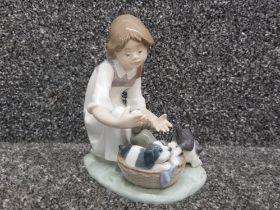 "Lladro 5595 ""Joy in a basket"" in good condition"