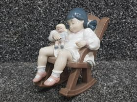 """Lladro 5448 """"Naptime"""" in good condition"""