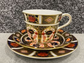 Royal Crown Derby old Imari patterned trio. In good condition.