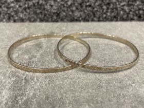2 x Silver ladies patterned slave bangles