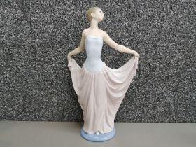 Large Lladro figure 5050 Dancer, height 30cm