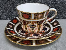 Royal Crown Derby old imari patterned breakfast cup, saucer & plate trio set