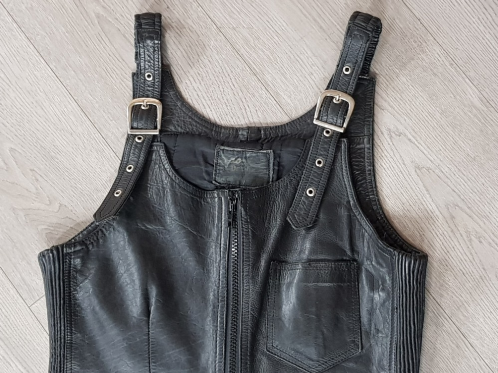Sporter design leather hide dungarees size 34 - Image 2 of 3