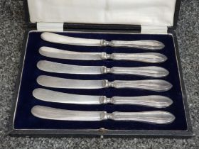 Boxed set silver handled butter knives William Yates LTD Sheffield 1920