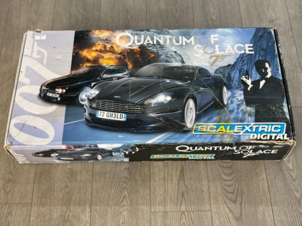 007 Quantum of Solace scalextric digital in original box