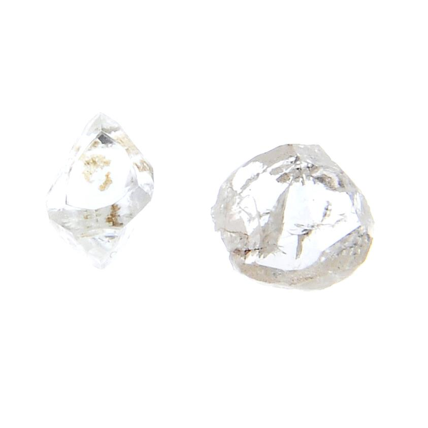Two loose diamond crystals, - Image 2 of 2