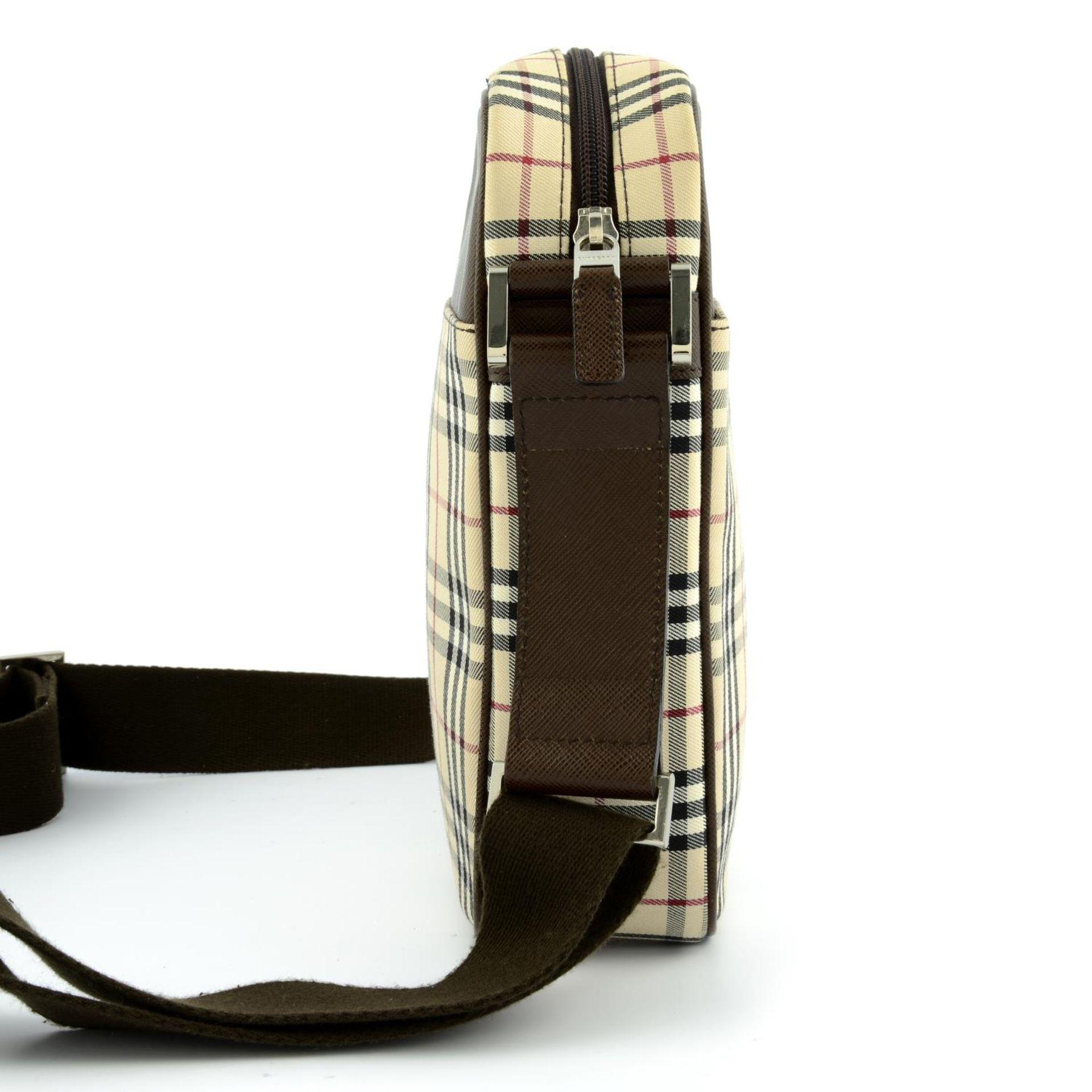 BURBERRY - a Nova Check crossbody messenger bag. - Image 3 of 5