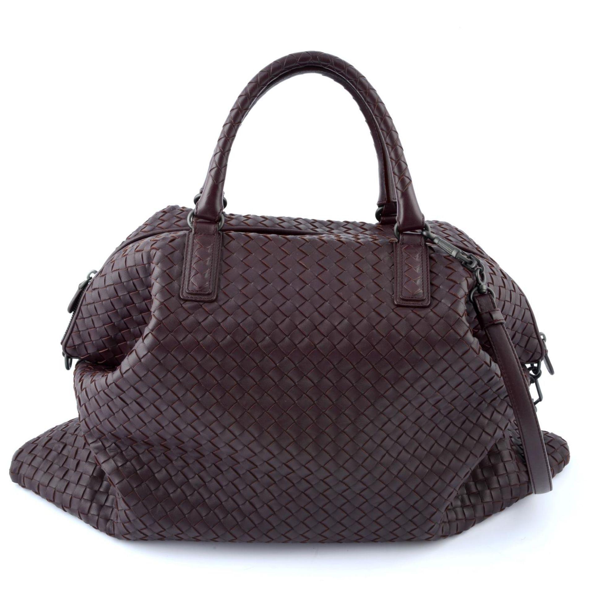 BOTTEGA VENETA - an XL fold over Nappa Intrecciato handbag. - Image 2 of 5