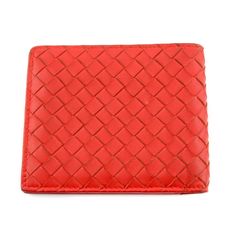 BOTTEGA VENETA - an Intrecciato leather bifold wallet. - Image 2 of 4