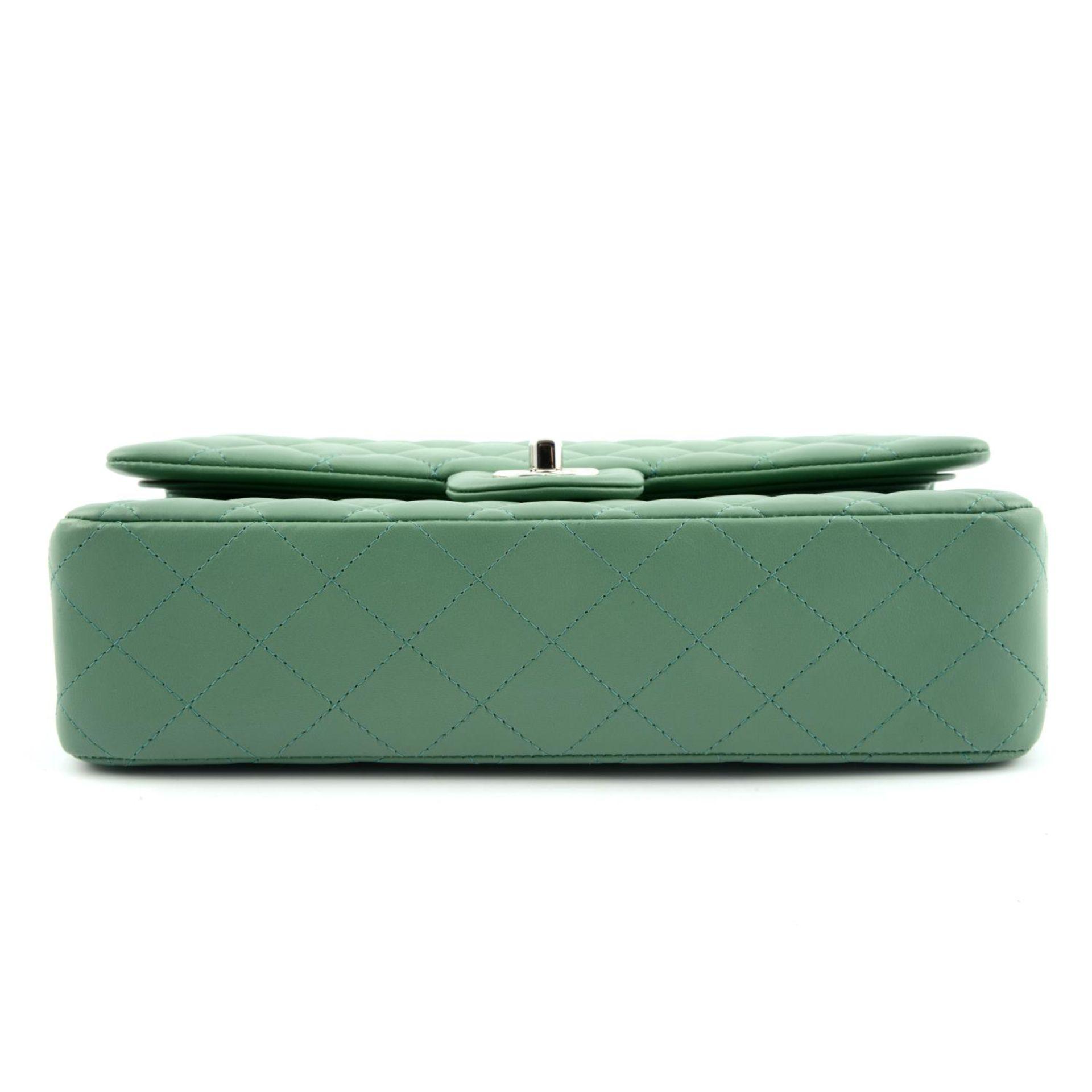 CHANEL - a green medium classic double flap handbag. - Image 5 of 7
