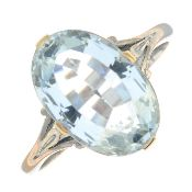 An aquamarine single-stone ring.Aquamarine calculated weight 3.28cts,