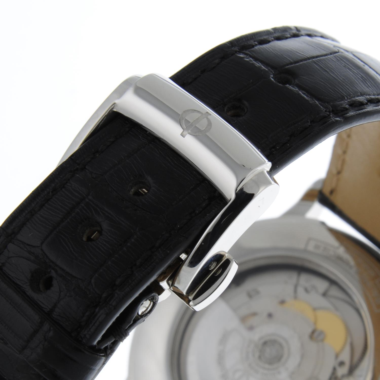 BAUME & MERCIER - a stainless steel Classima wrist watch. - Image 2 of 6