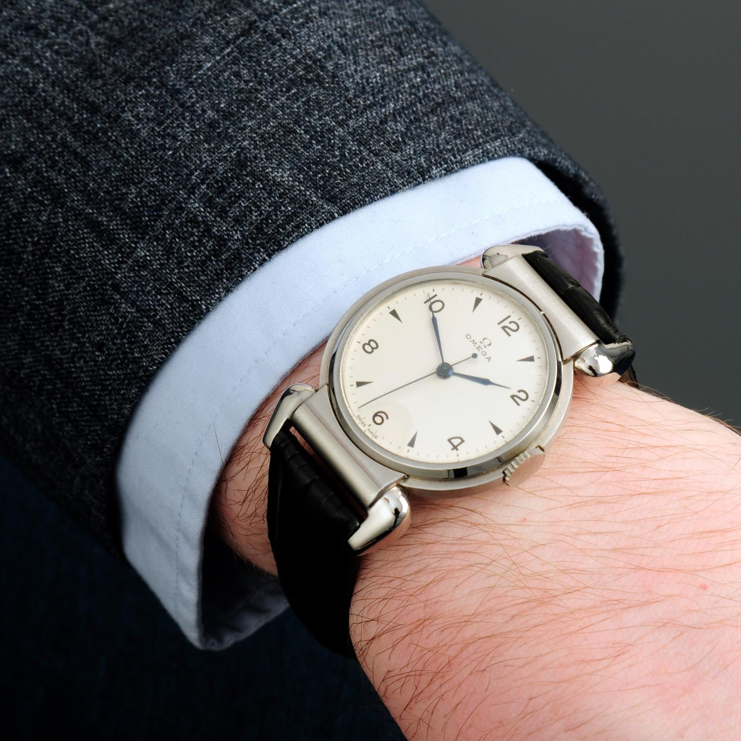 OMEGA - a Scarab wrist watch. - Image 3 of 5