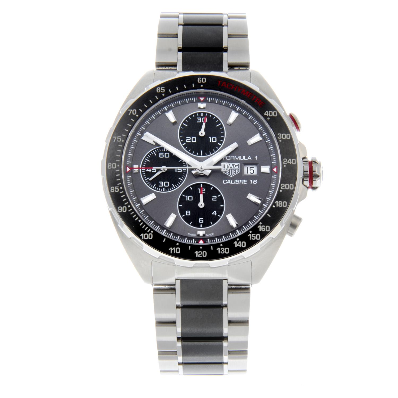 TAG HEUER - a Formula 1 chronographbracelet watch.