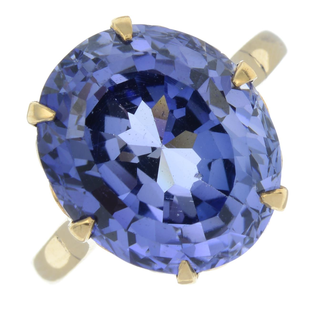 A synthetic sapphire ring.Ring size L.