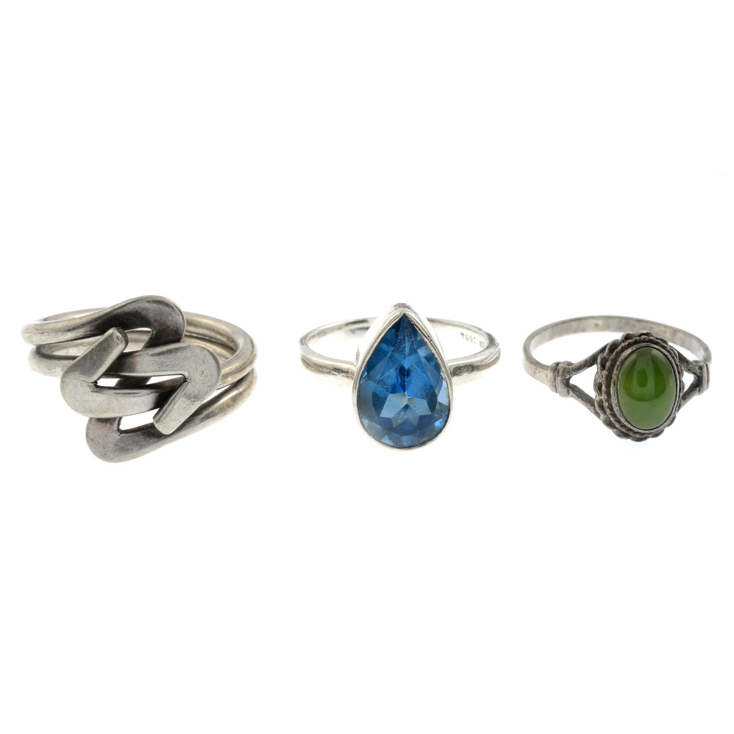 A selection of mainly gem-set rings, to include a silver amber ring.