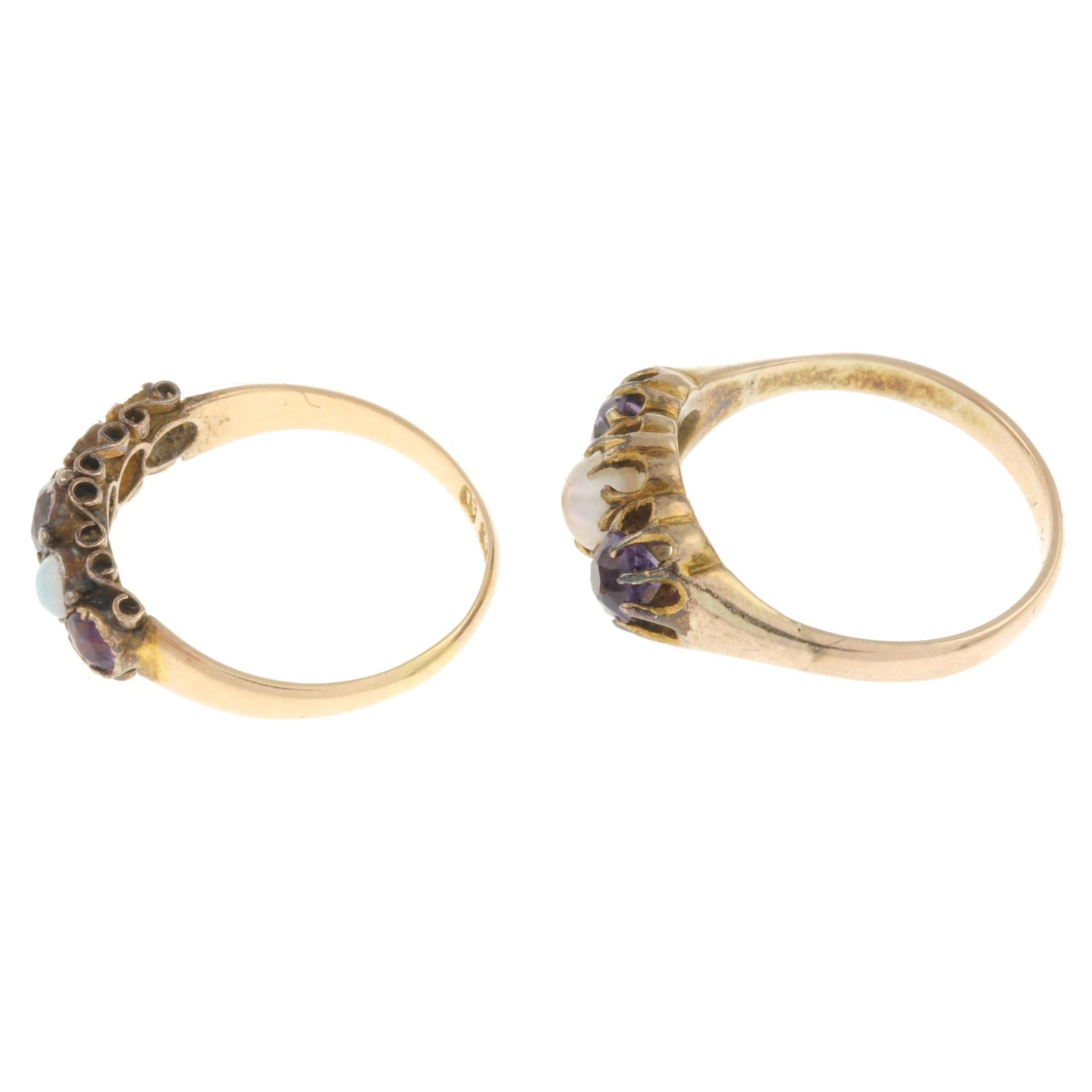 An 15ct gold amethyst and opal ring and an amethyst and cultured pearl ring. - Image 2 of 3