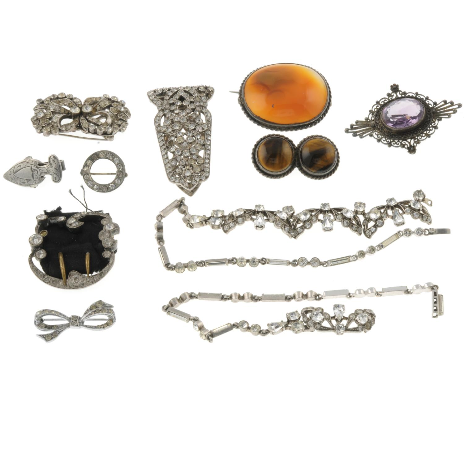 A selection of Victorian and later jewellery, - Image 2 of 2