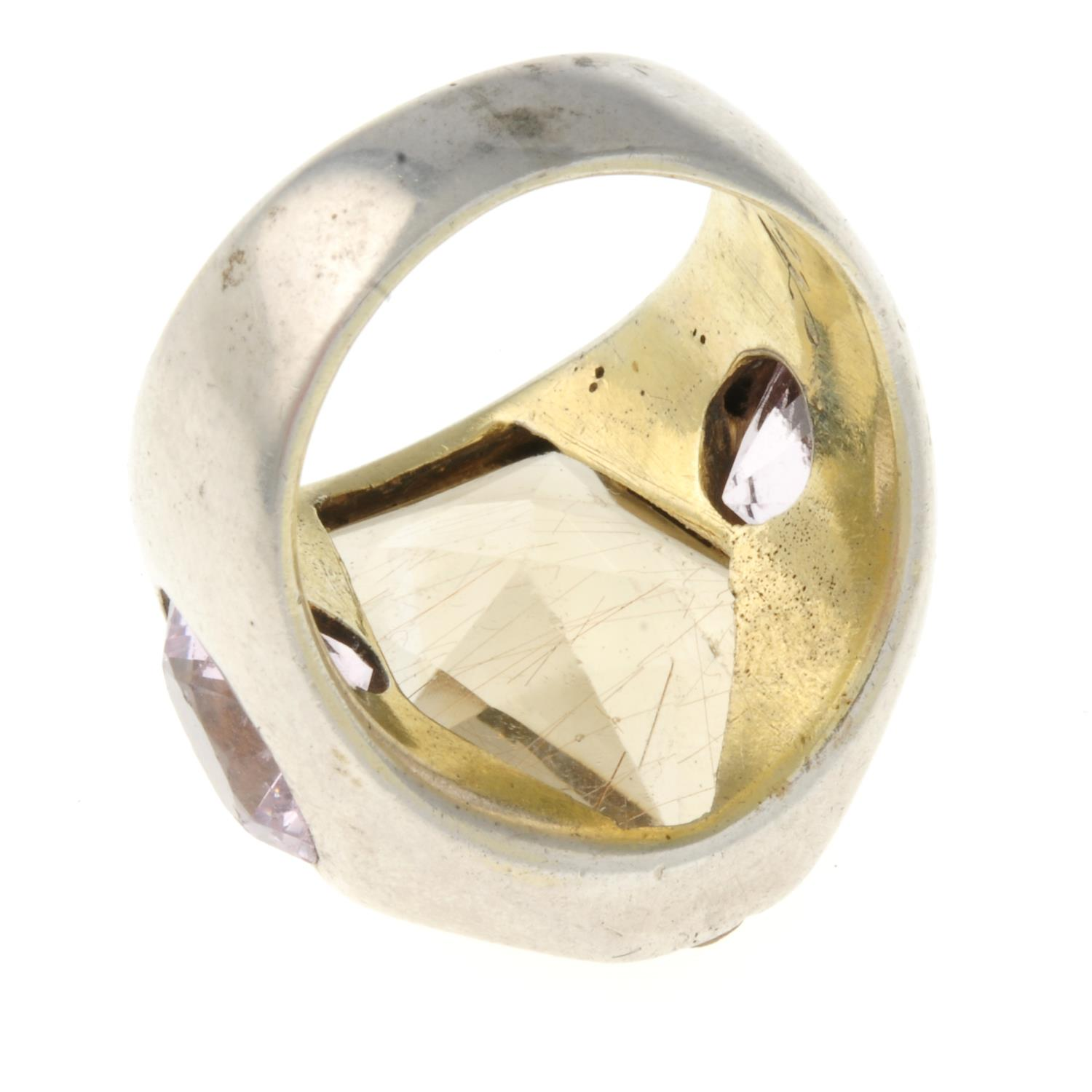 A rutilated quartz and pink cubic zirconia dress ring.Ring size T. - Image 3 of 3