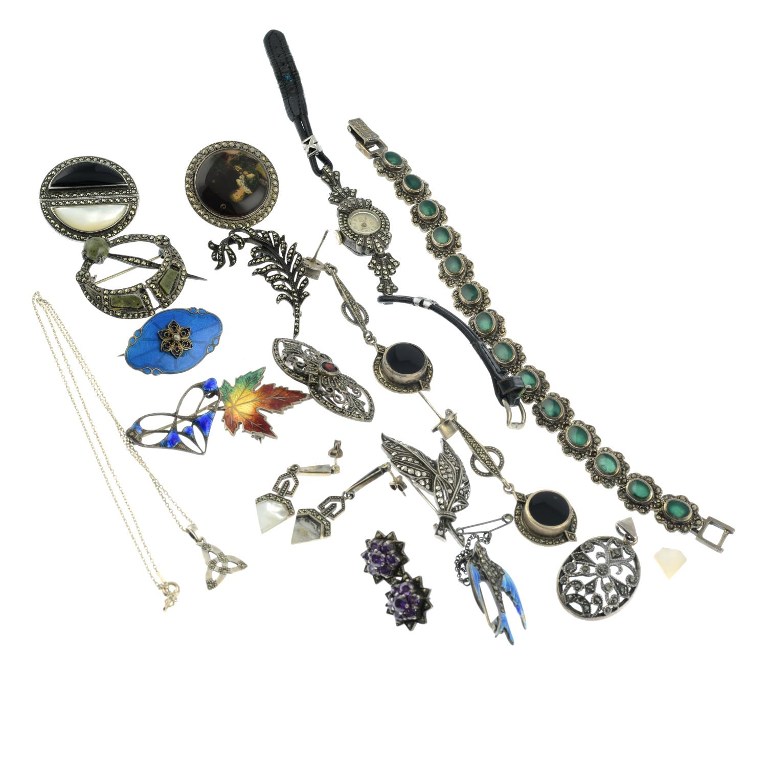 A selection of jewellery, - Image 2 of 2