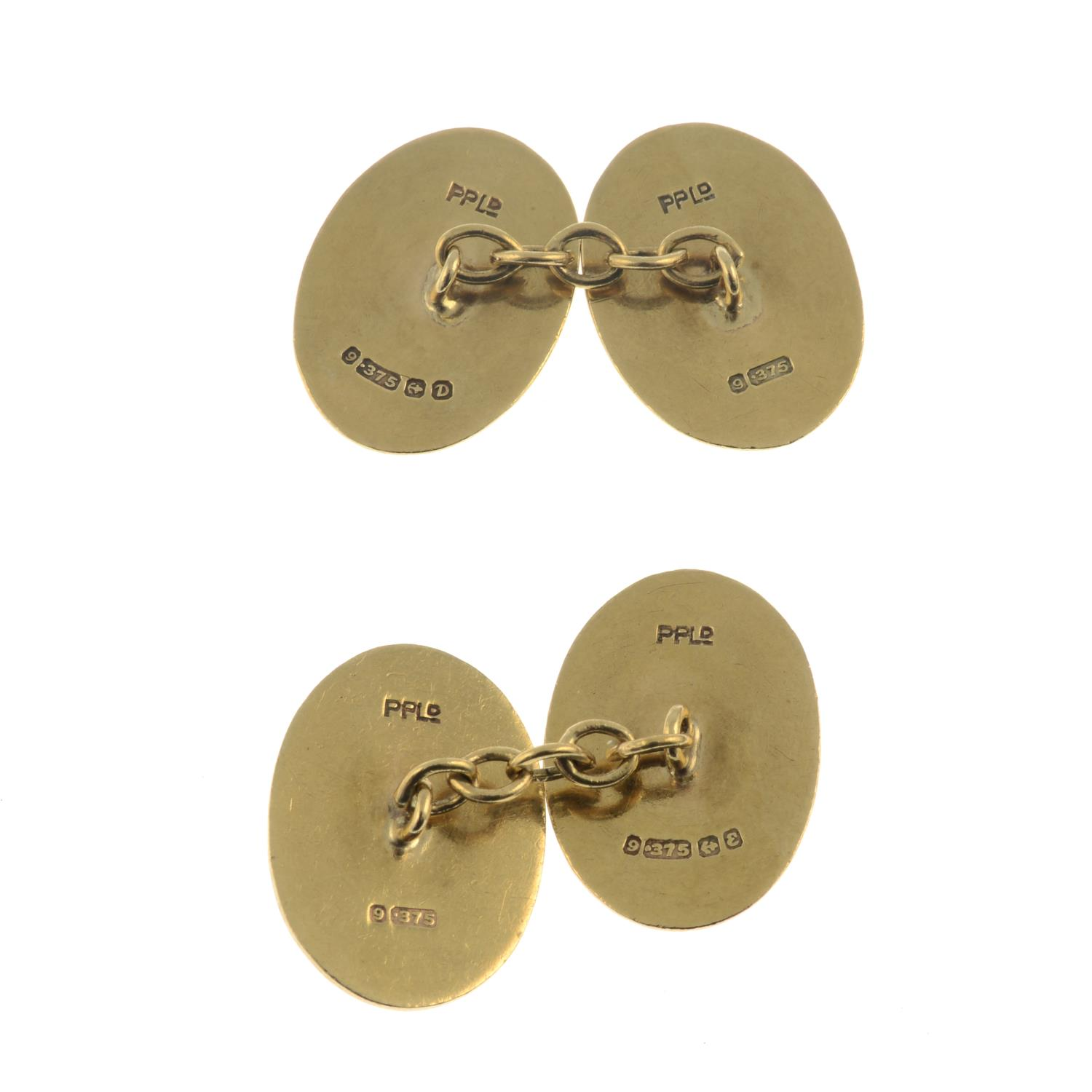 A pair of 9ct gold cufflinks. - Image 2 of 2