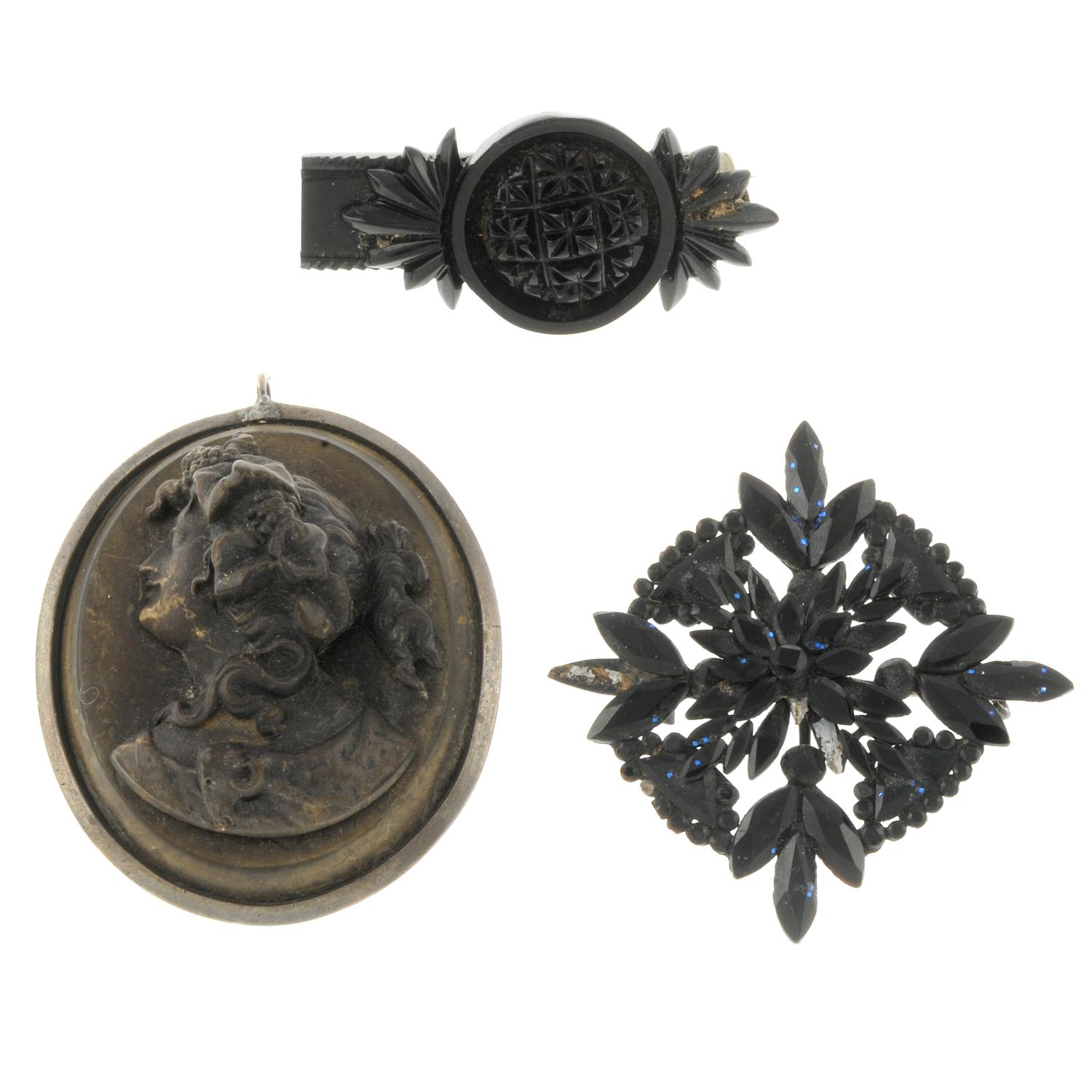 A selection of Victorian and later jewellery,