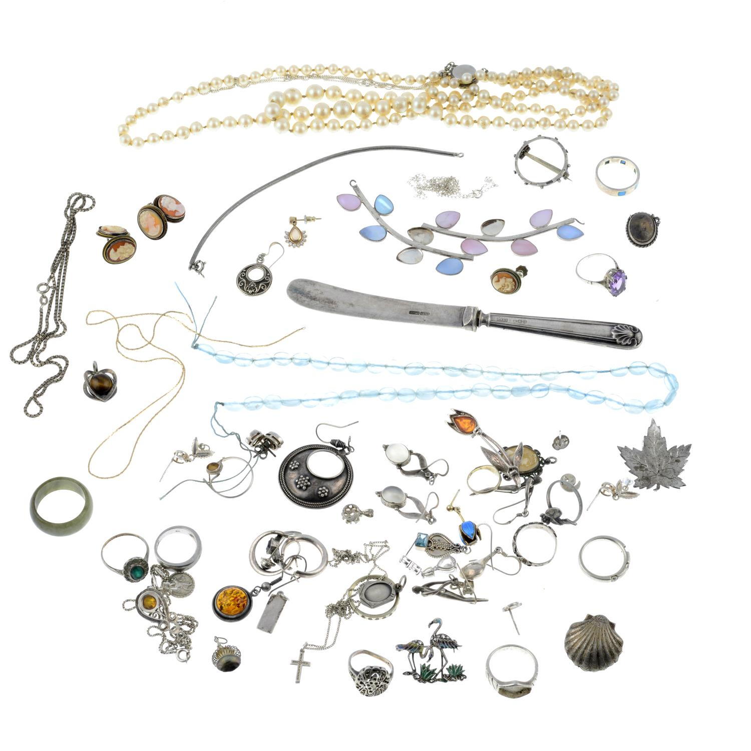 A selection of jewellery, to include an enamel and marcasite brooch. - Image 2 of 2