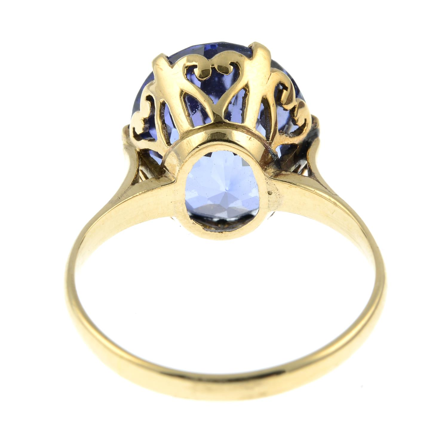 A synthetic sapphire ring.Ring size L. - Image 3 of 3