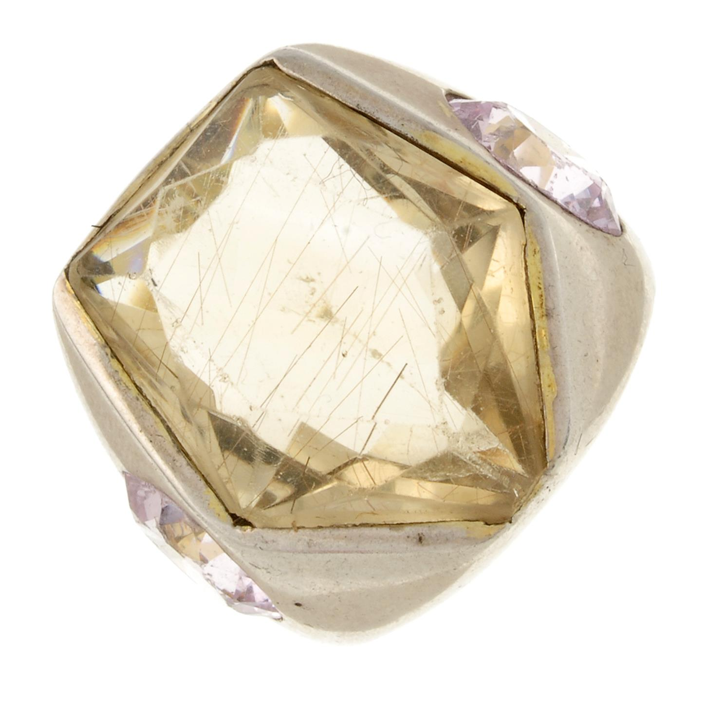 A rutilated quartz and pink cubic zirconia dress ring.Ring size T.
