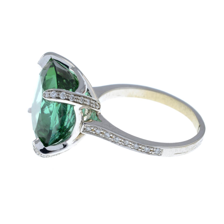 A green tourmaline dress ring, - Image 5 of 6