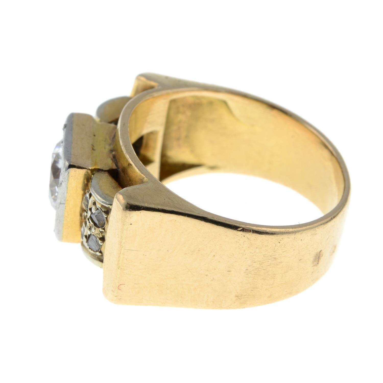 A mid 20th century 18ct gold and platinum diamond dress ring.Principal diamond estimated weight - Image 5 of 6