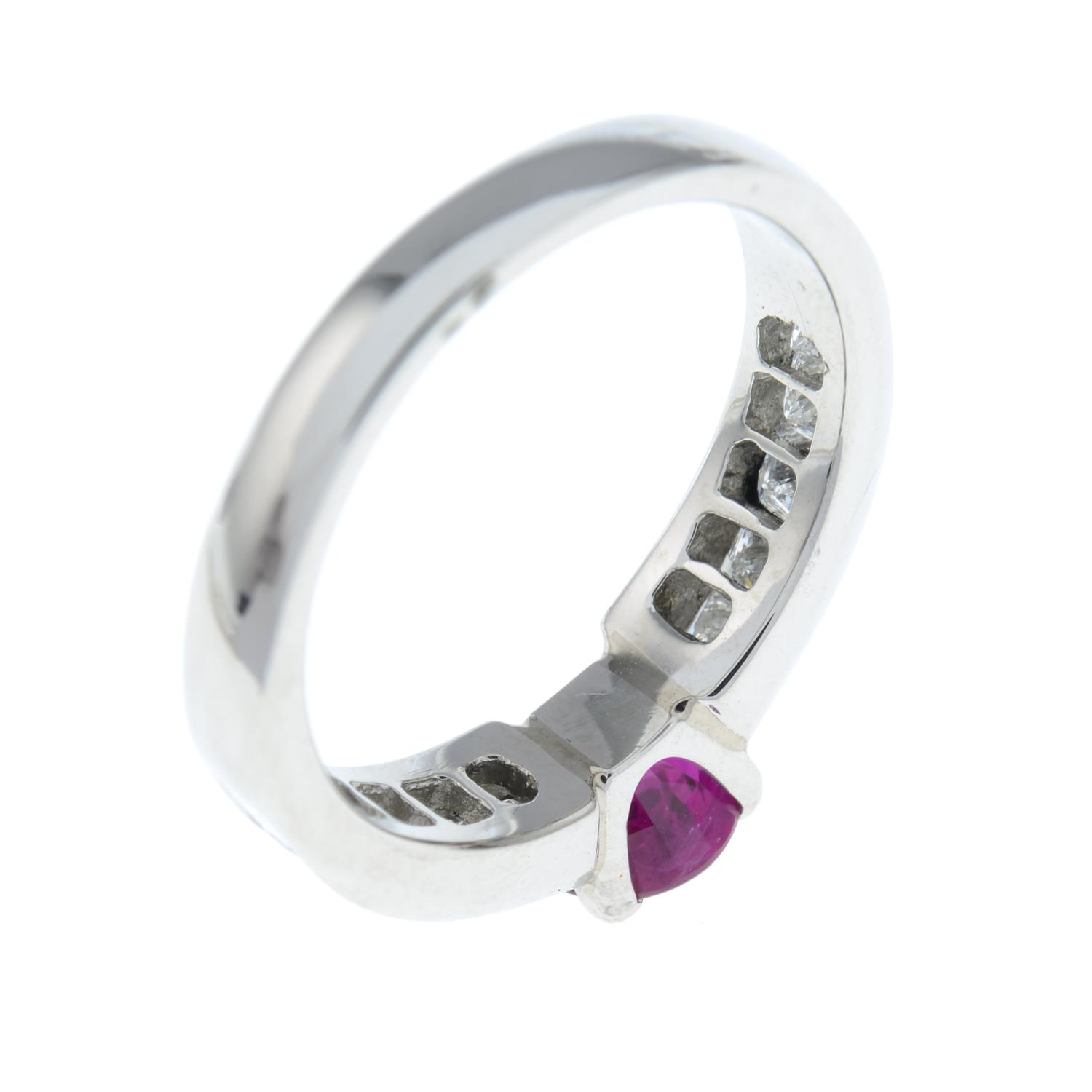 A platinum ruby single-stone ring, with square-shape diamond line shoulders. - Image 4 of 6
