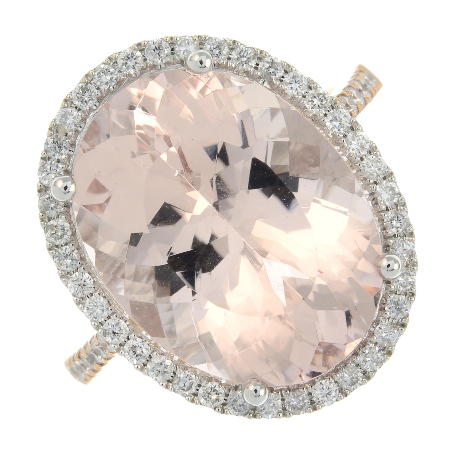 An 18ct gold morganite and diamond cluster ring. - Image 2 of 7