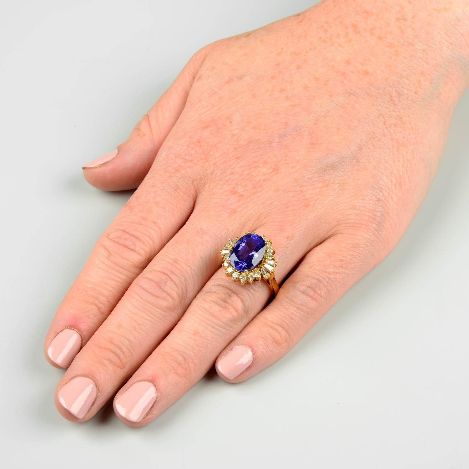 A tanzanite and vari-cut diamond cluster ring.Tanzanite calculated weight 5.41cts, - Image 3 of 6