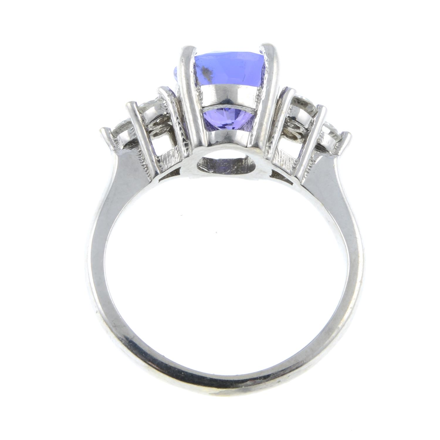 A tanzanite and diamond ring.Tanzanite calculated weight 2.72cts, - Image 6 of 6