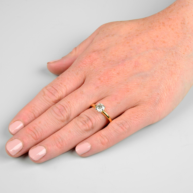 A brilliant-cut diamond single-stone ring.Diamond weight 1.01cts, estimated G+ colour, VS clarity. - Image 3 of 6