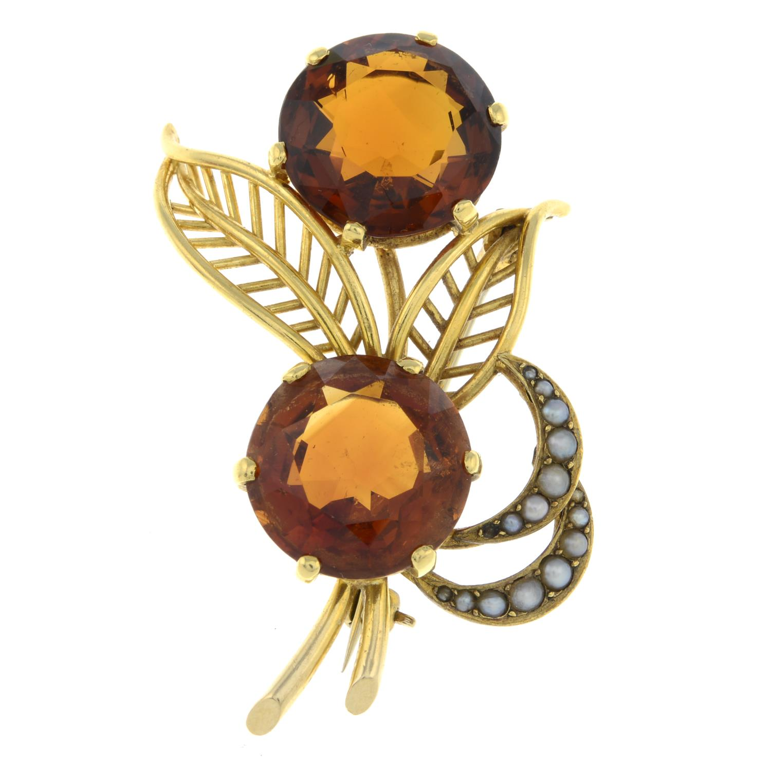 A mid 20th century 18ct gold citrine and split pearl floral spray brooch.Citrine calculated total - Image 2 of 4