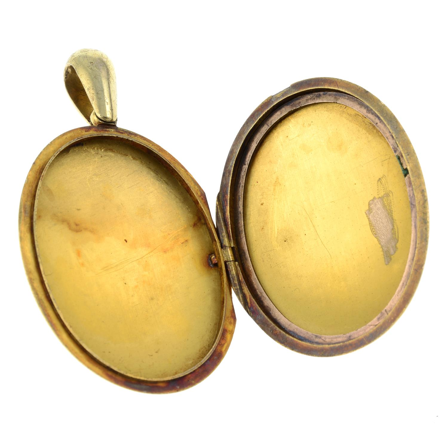 A late Victorian 18ct gold floral engraved locket. - Image 5 of 5