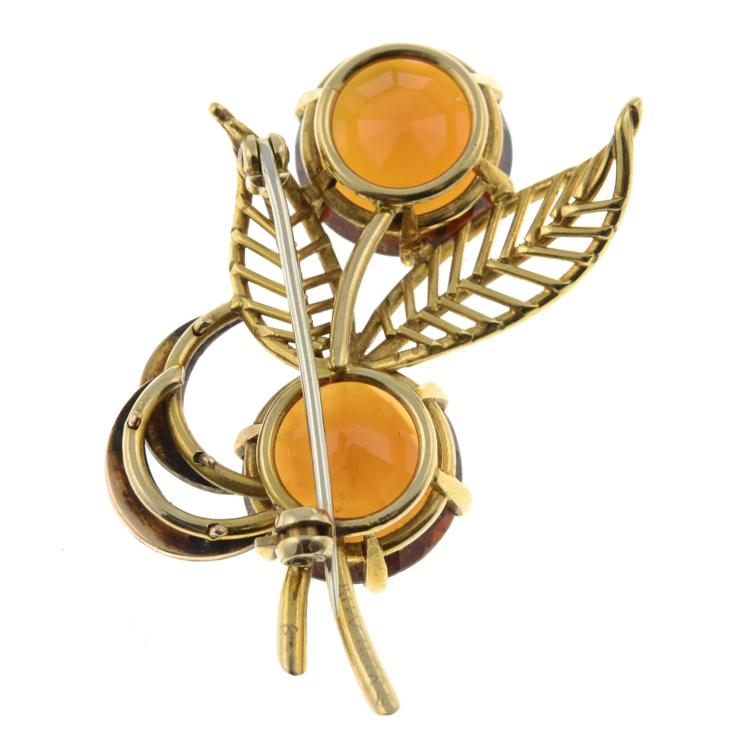 A mid 20th century 18ct gold citrine and split pearl floral spray brooch.Citrine calculated total - Image 4 of 4
