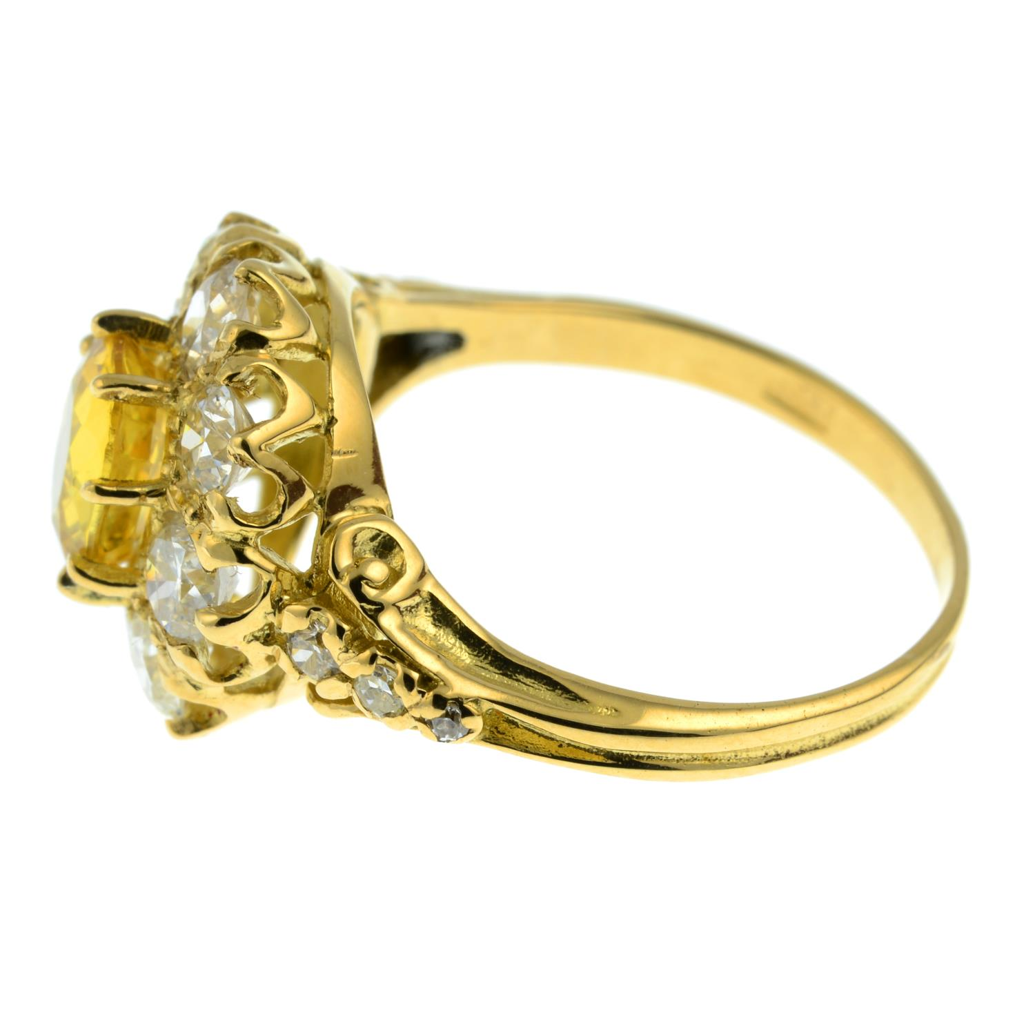 A yellow sapphire and old-cut diamond cluster ring.Sapphire calculated weight 1.05cts, - Image 4 of 6