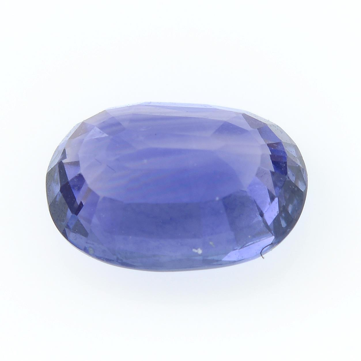An oval-shape sapphire, weighing 1.10cts. - Image 2 of 2